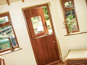 Composite Door (16)